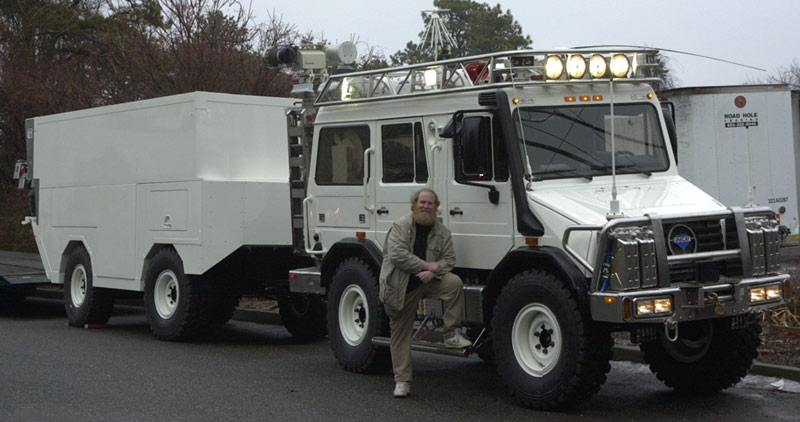 Large Image of MaxiMog Vehicle and Trailer